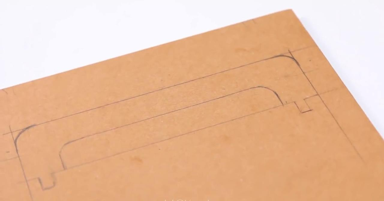 Чехол-подставка для планшета из картона