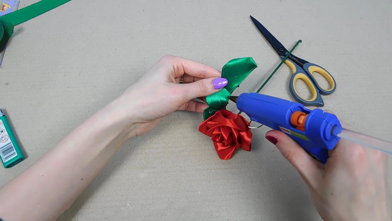 Изящная роза из атласной ленты