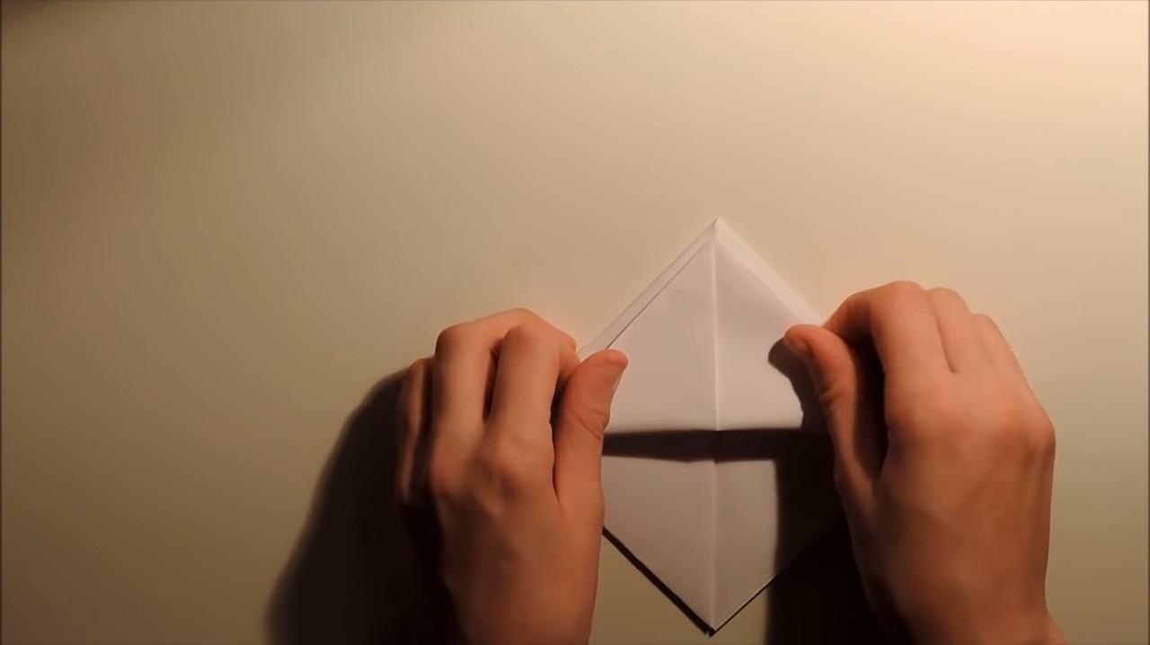 Кораблик из бумаги: пошаговая инструкция