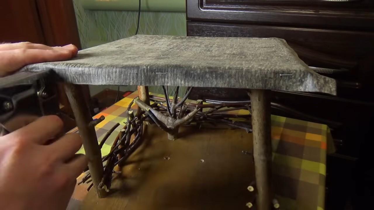 Оригинальная кормушка для птиц