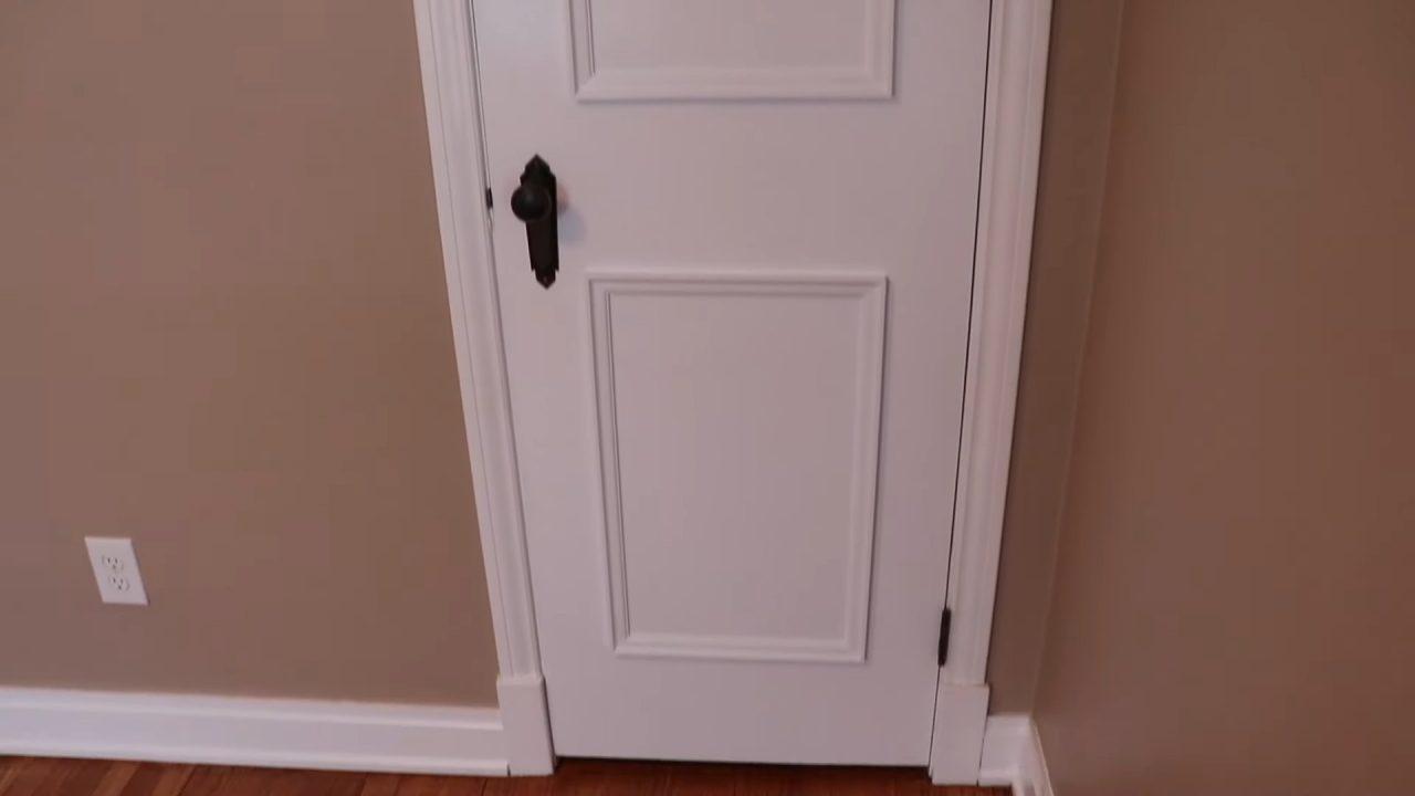Декорирование старой двери