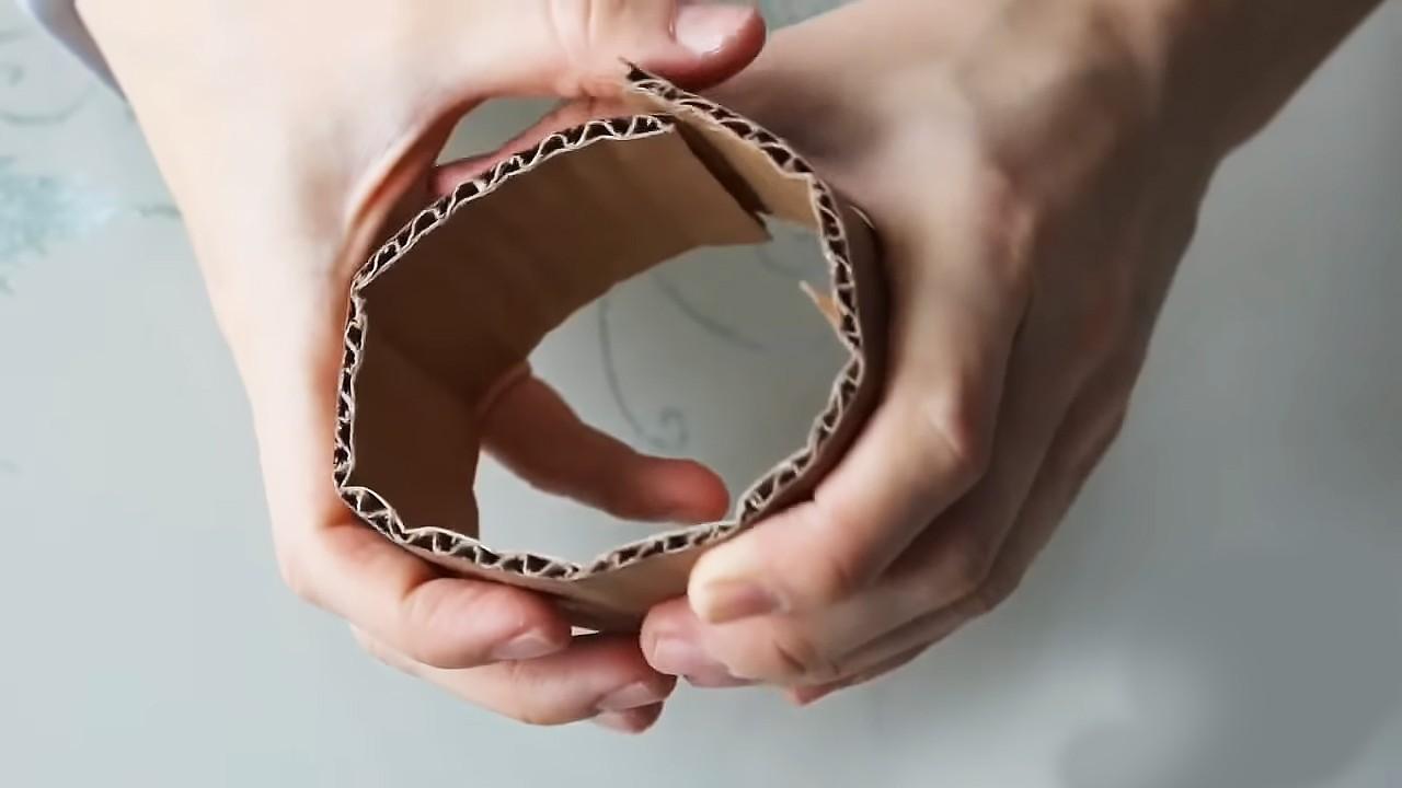 Собираем торт из конфет и шоколадок