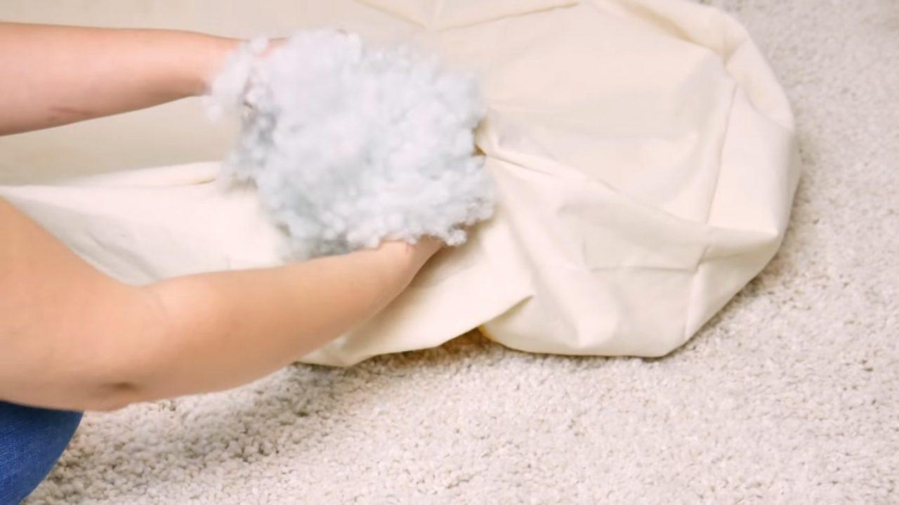 Мягкая лежанка для любимой собаки своими руками