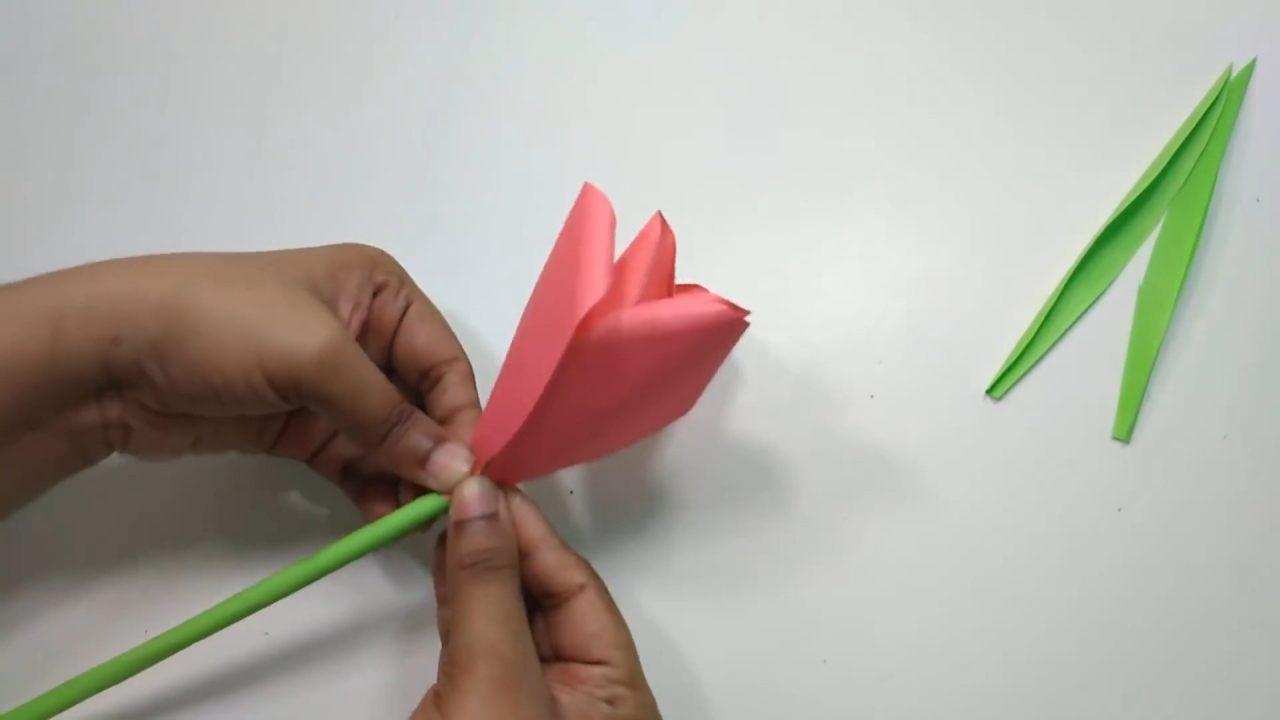 Тюльпан из бумаги: смогут даже дети