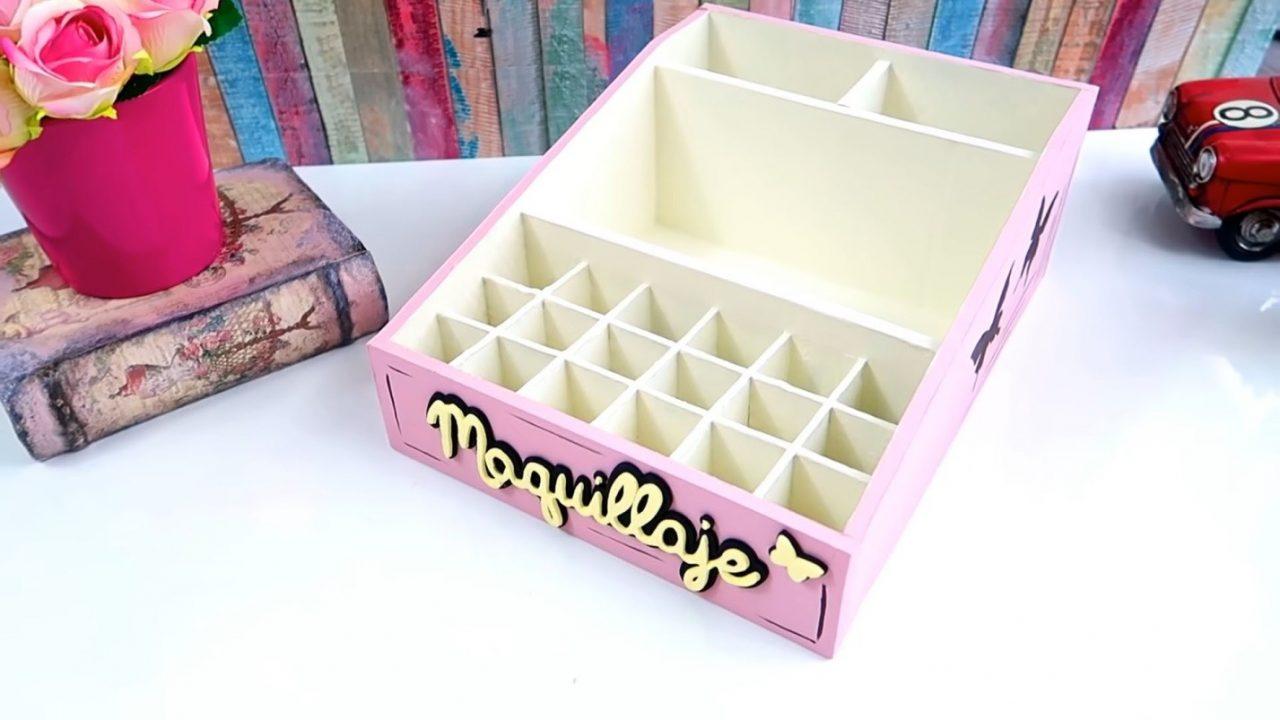 Гламурный органайзер для косметики из коробки