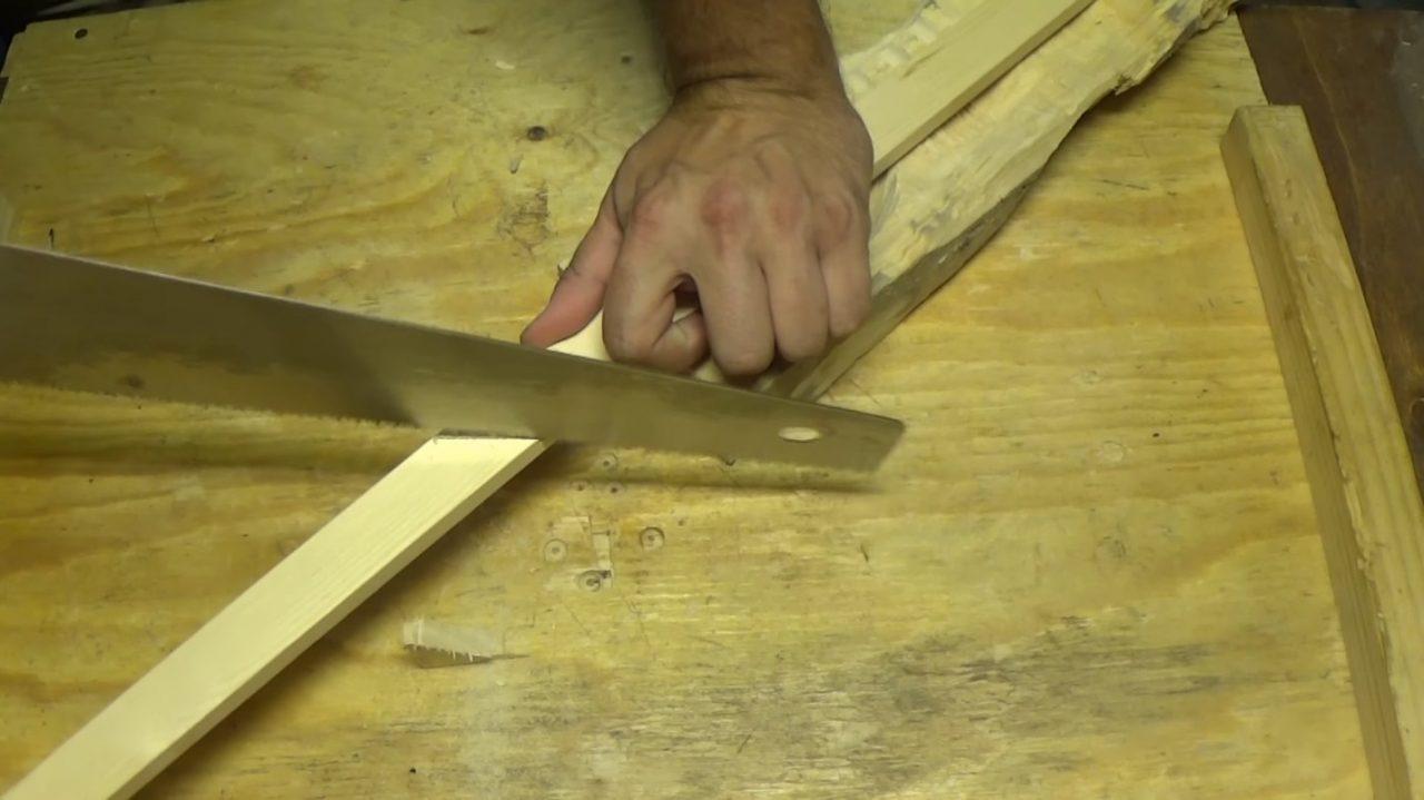 Простая деревянная рамка для картины