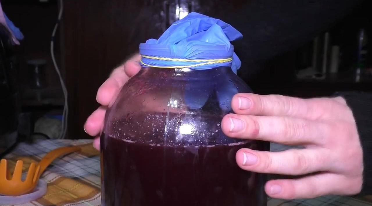 Рецепт домашнего вина из варенья без дрожжей