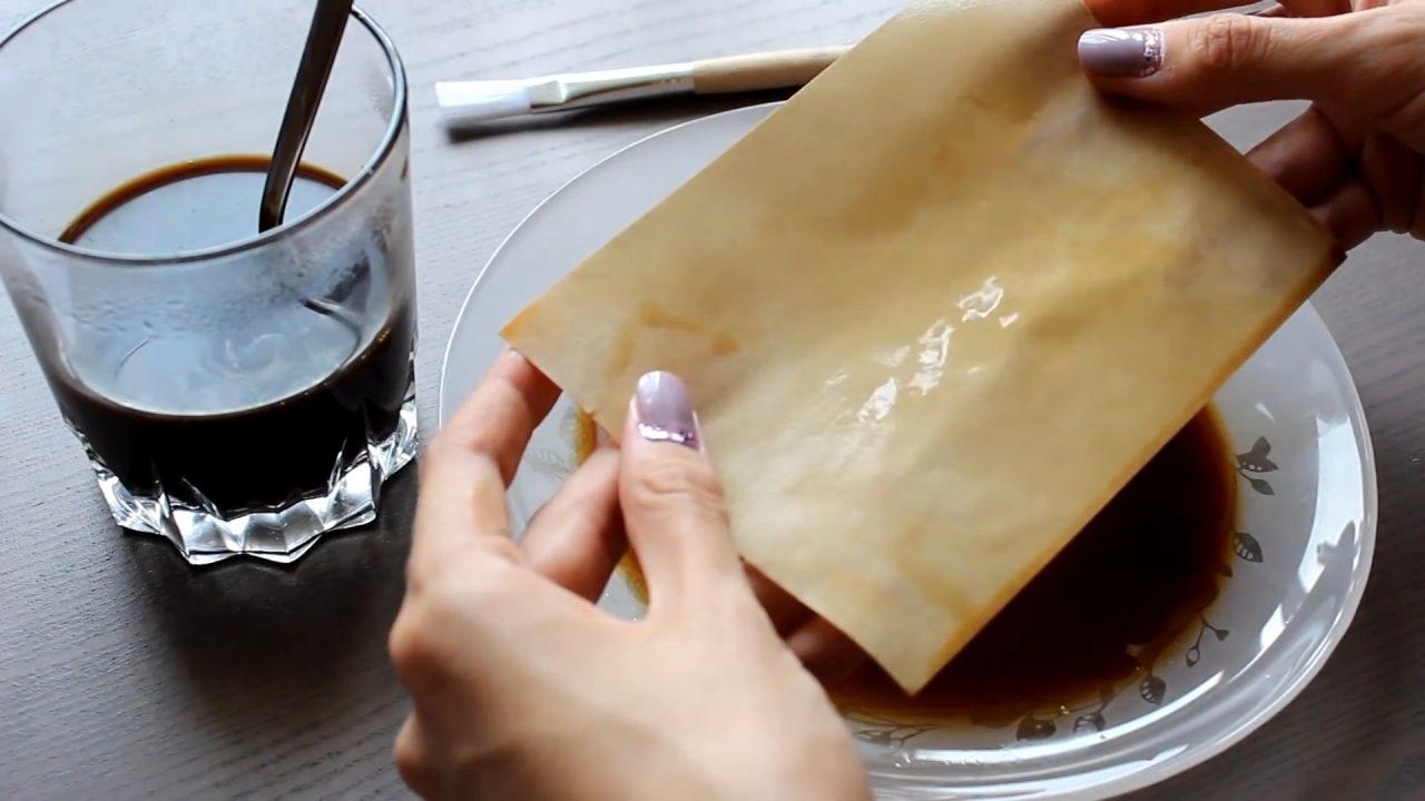 Состариваем бумагу с помощью чая и кофе