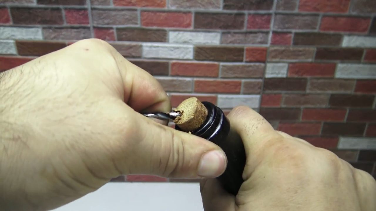 5 способов открыть бутылку вина без штопора
