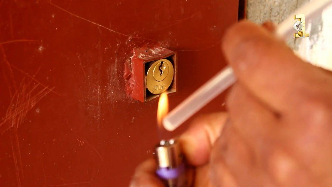 Как вытащить сломанный ключ из личинки замка