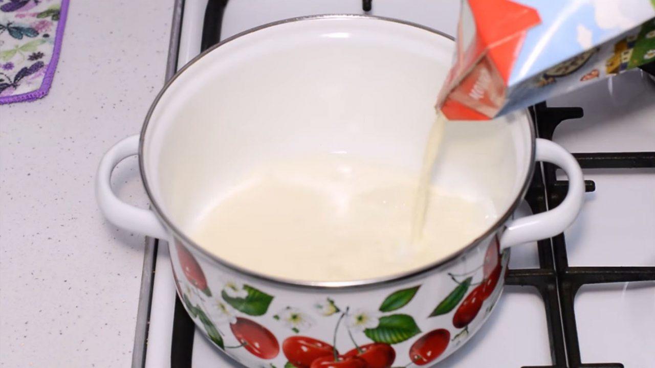 Простой рецепт домашнего сыра из молока