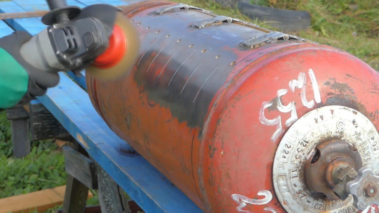Мангал из старого газового баллона
