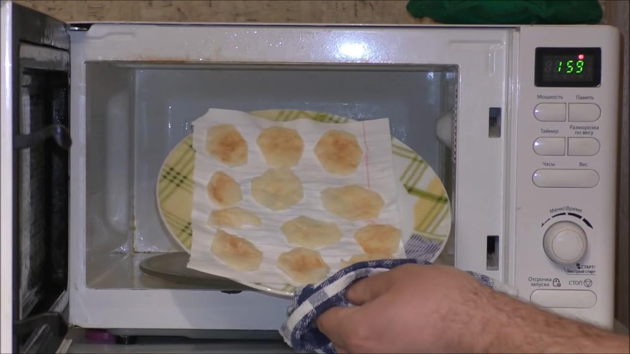 Готовим домашние чипсы в микроволновке