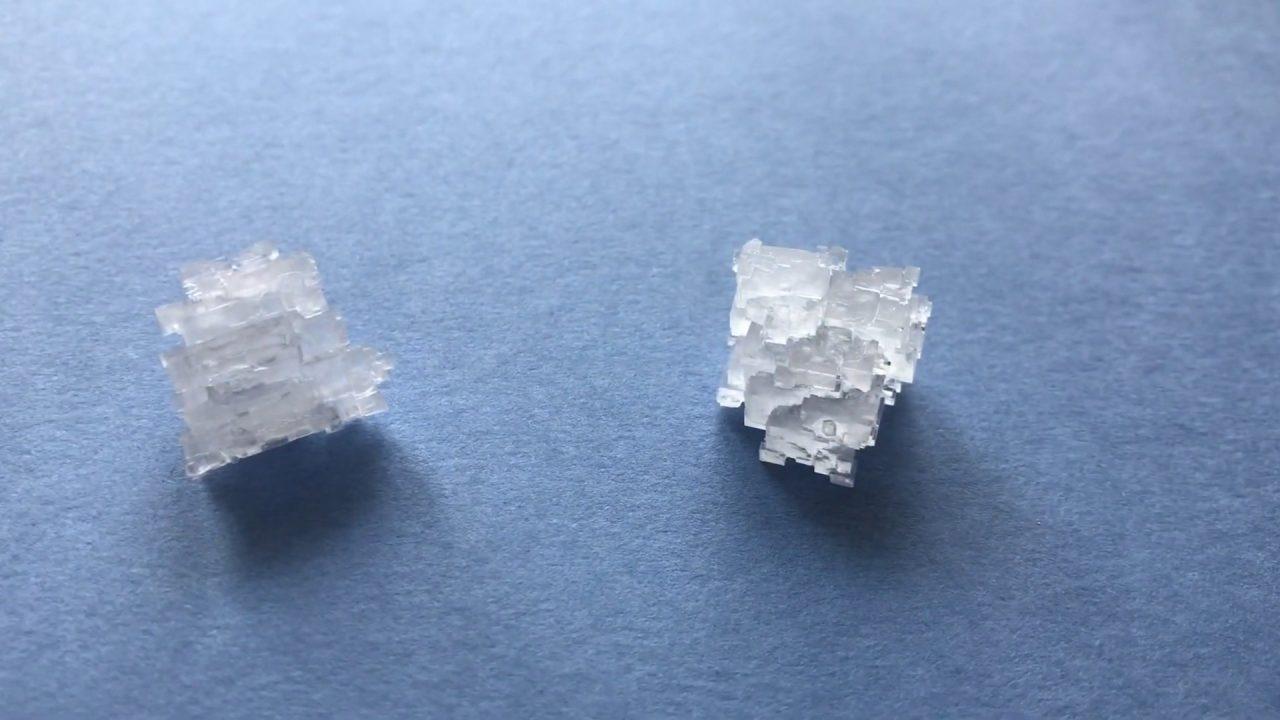 Выращиваем кристаллы из обычной соли