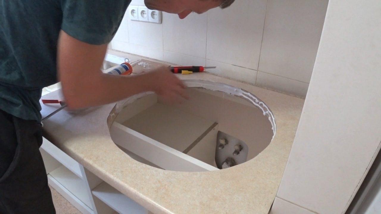 Как установить раковину в столешницу на кухне