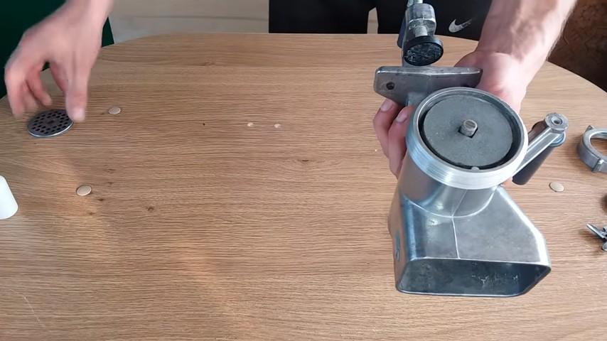 2 способа наточить нож от мясорубки в домашних условиях