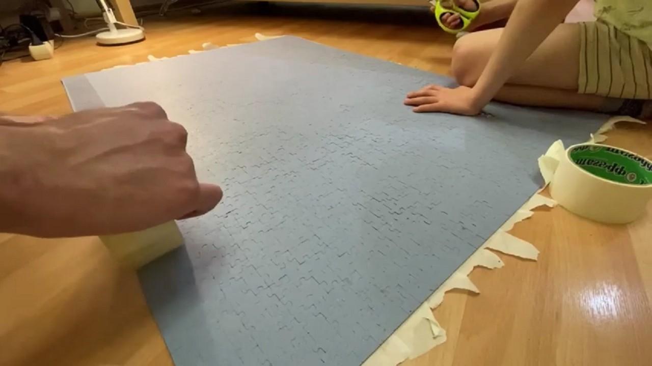 Легкий способ склеить пазл перед тем как повесить на стену