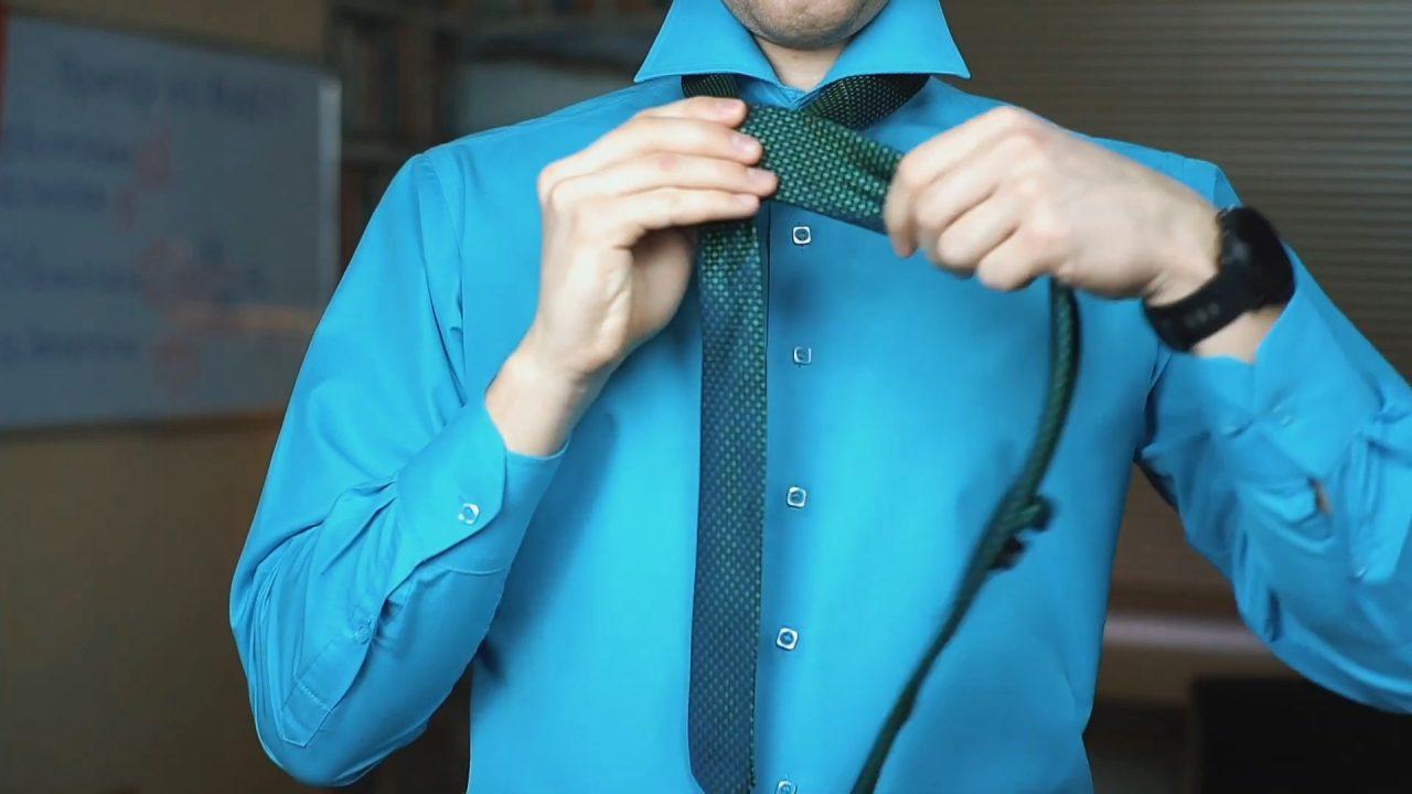 Как завязать галстук быстро, просто и красиво даже начинающему джентельмену