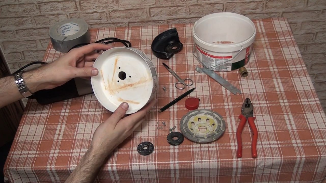 Мастерим насадку на болгарку для пылесоса