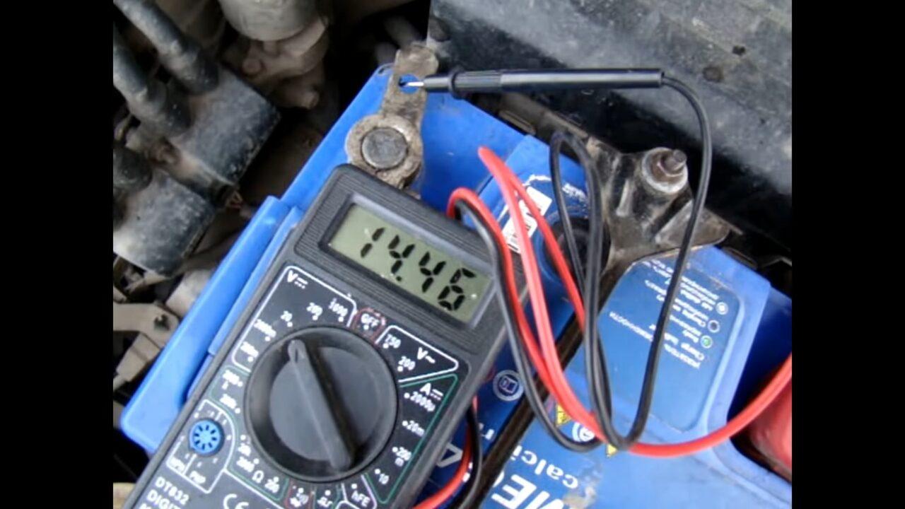 Как проверить генератор на работоспособность на машине (не снимая)