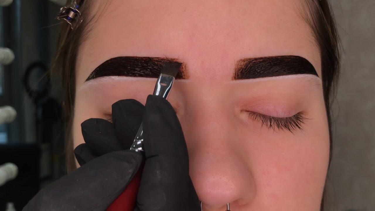 Как покрасить брови хной и придать им форму
