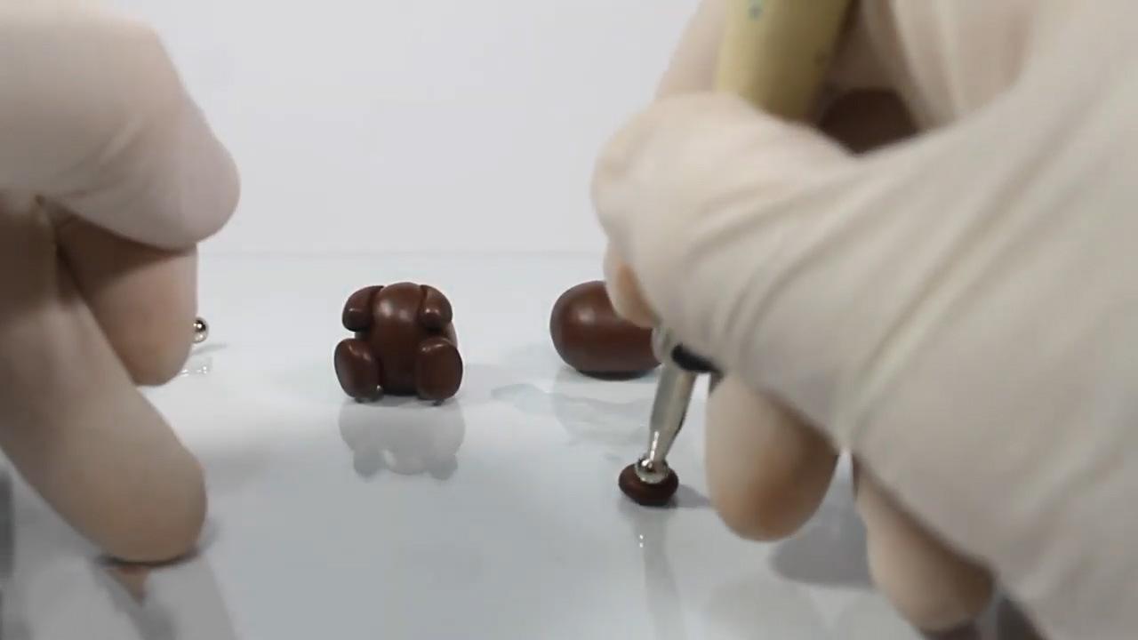 Как слепить медведя из пластилина поэтапно