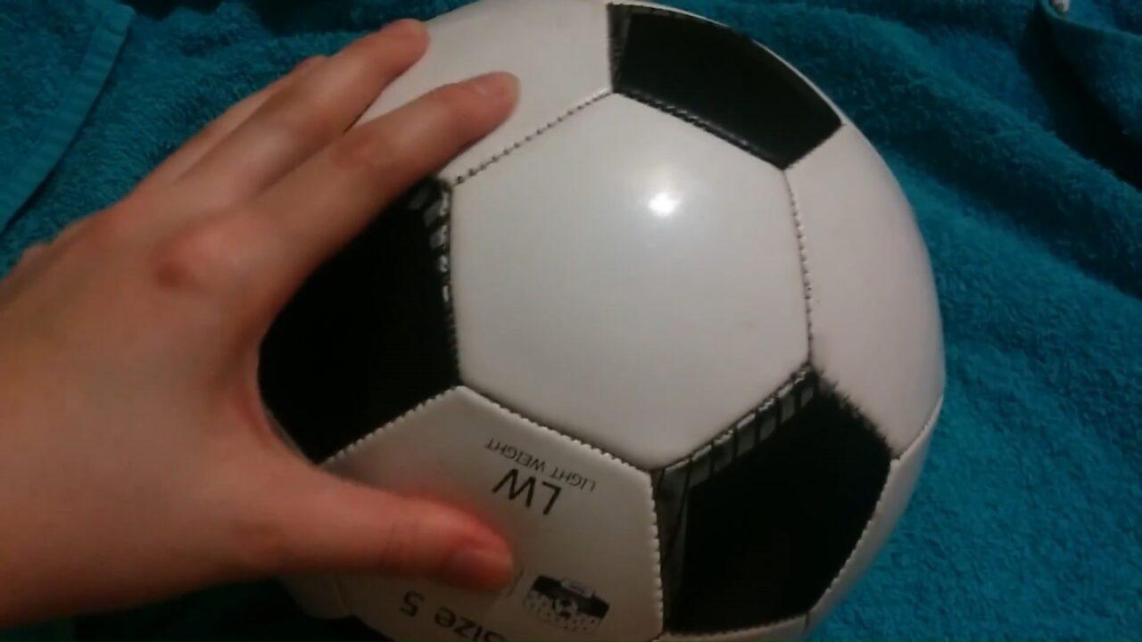 Как надуть любой мяч не имея насоса и иглы