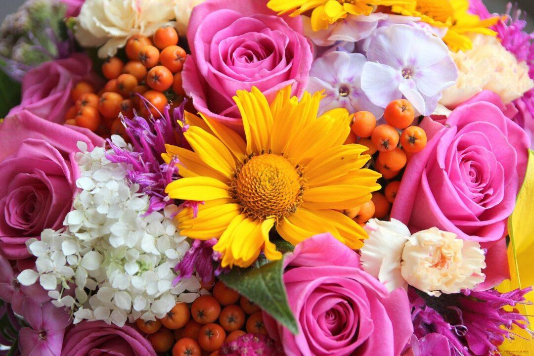 117 красивых открыток с букетами цветов