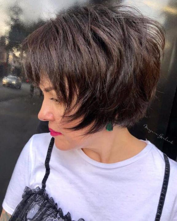 207 фото стрижки каскад на коротких волосах с челкой и без