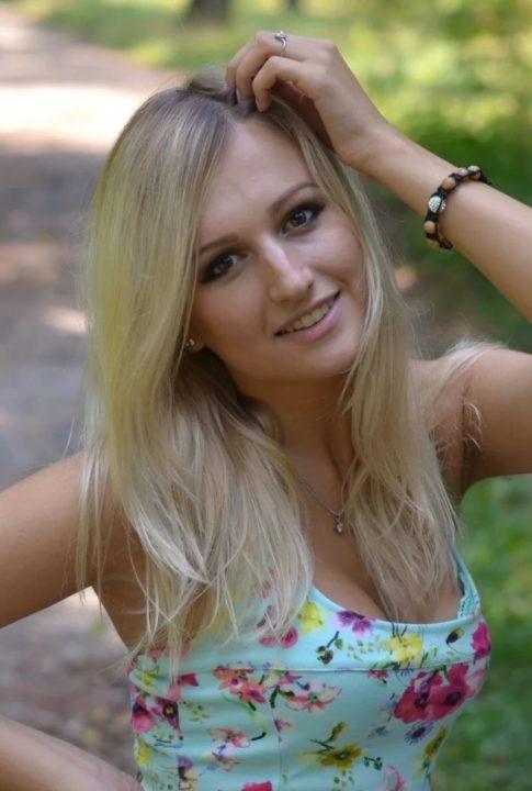105 фото красивых девушек-блондинок