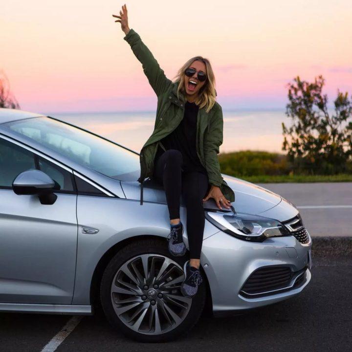 110 идей для красивых фото в машине и с машиной