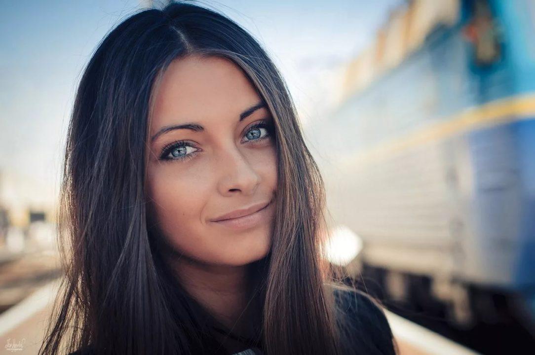 165 фото с красивыми брюнетками