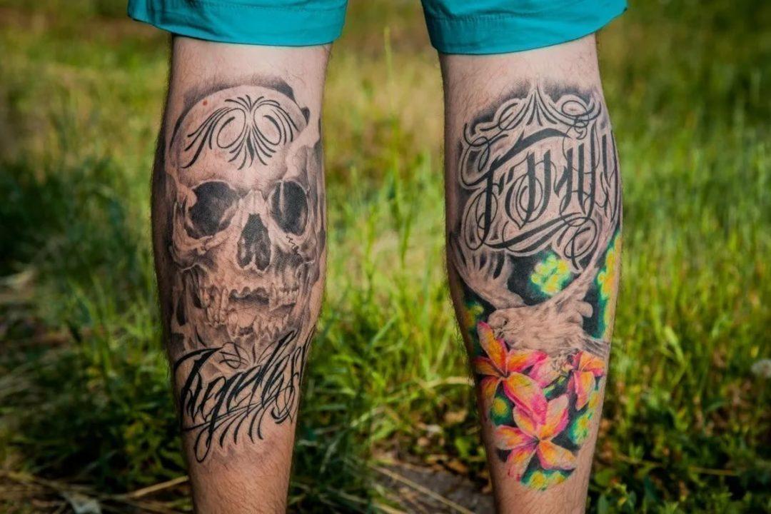 180 эскизов мужских тату на ногах
